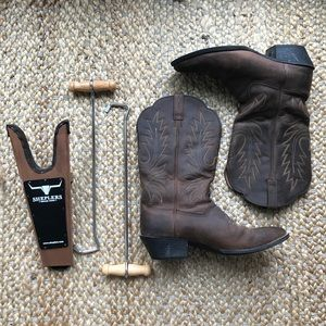 Ariat Heritage Boots with Boot Jack and Boot Hooks